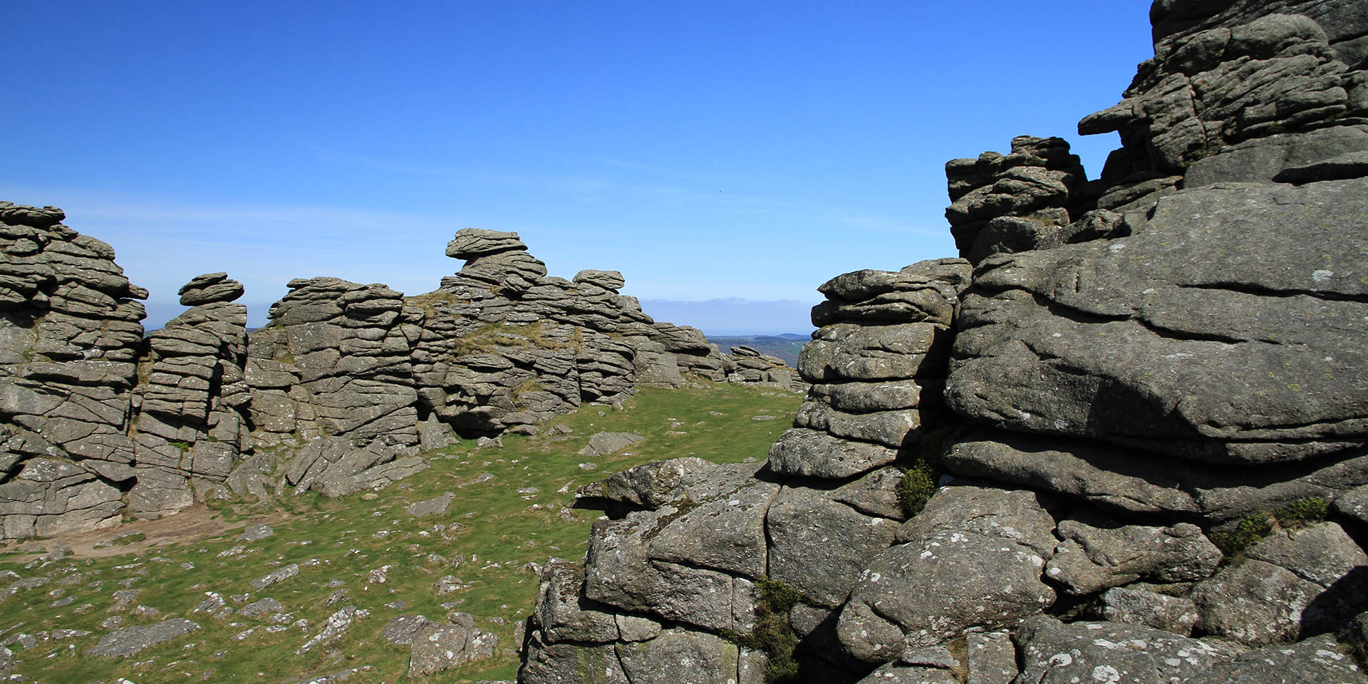 Hound Tor rocks
