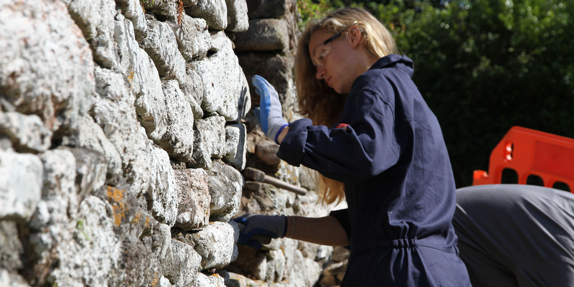 Repairing outer stone walls